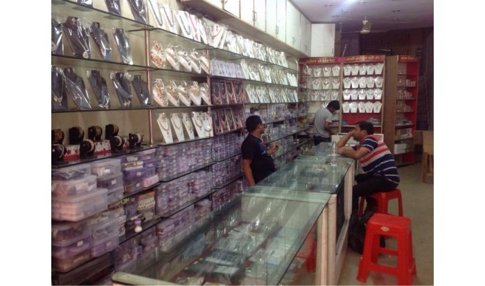 Hansh Aabhushan Kendra Bangle Store